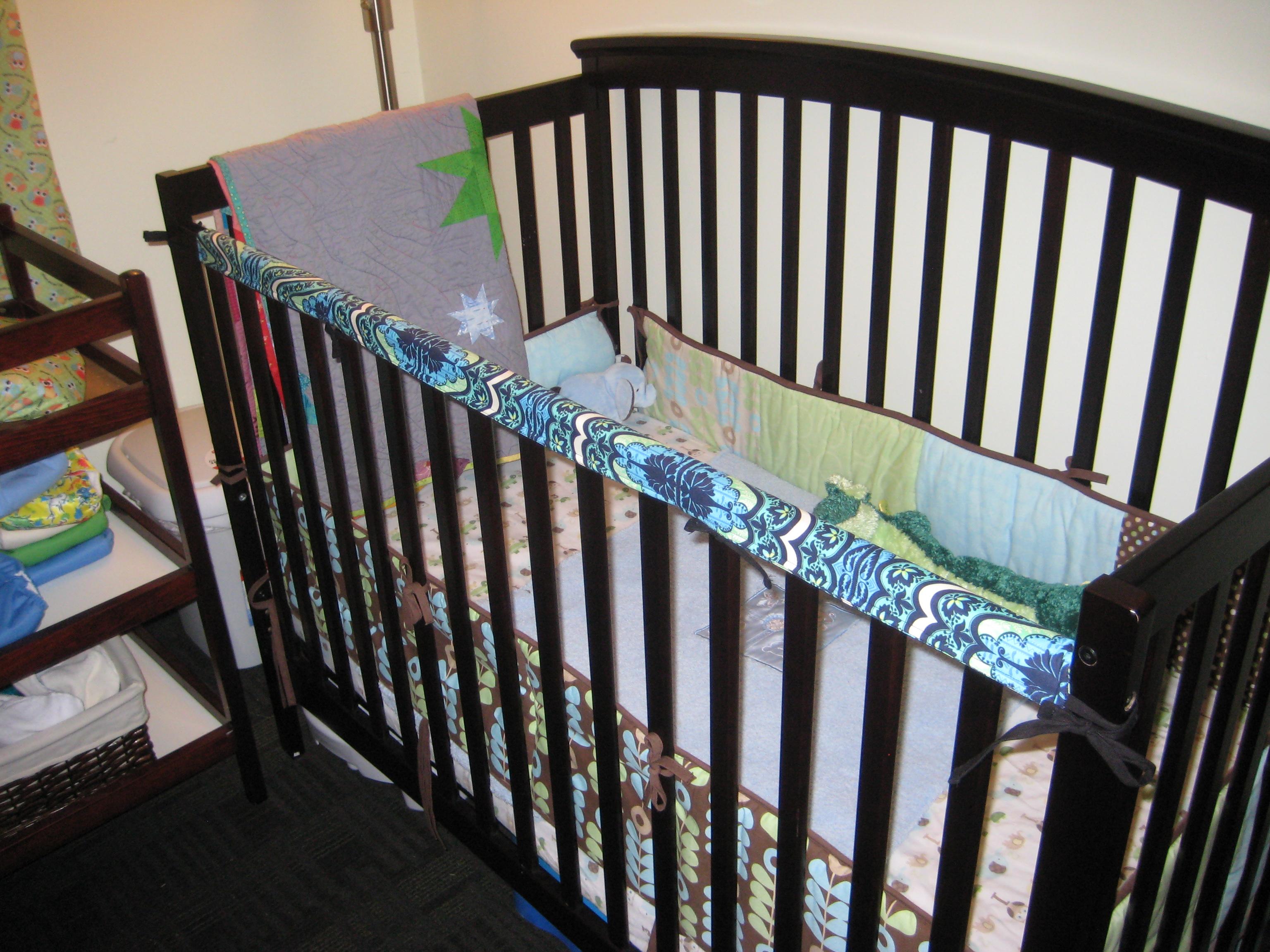 Crib protector for babies - Blog 044