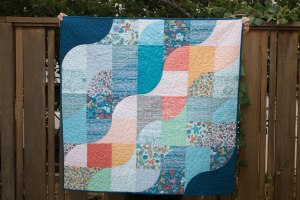 Tideline Quilt Designed by Kim Andersson, written by Stacey Day