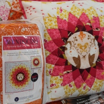 Anemone Pillow